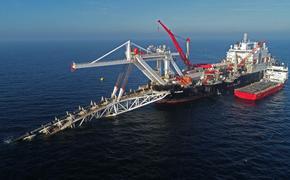 Строительство нитки «В» газопровода «Северный поток 2» почти завершено, работы ведутся под охраной плотного кольца кораблей