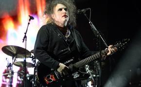 Роберт Смит анонсировал новые альбомы The Cure