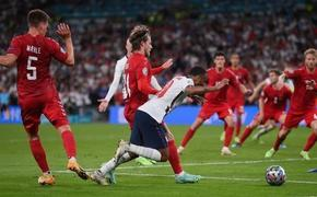 Англия в финале: заслуженно побеждает Данию 2:1