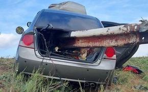 Машину нанизало на отбойник: в Челябинской области случилось жуткое ДТП
