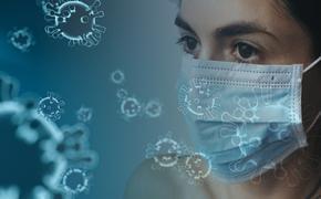 Инфекционист Тимаков сообщил, что риск заражения COVID-19 снижается при вакцинации одного из членов семьи