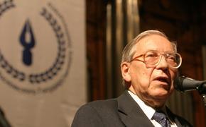 Президента журфака МГУ Ясена Засурского похоронят на Троекуровском кладбище