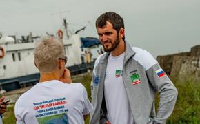 Заплыв с характером: рекордсмен мира по плаванию Заур Закраилов об акции «За чистый Байкал»