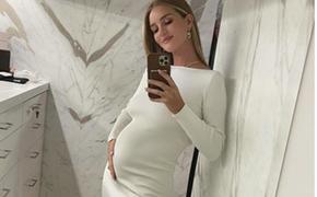 Пополнение в семье: Джейсон Стетхем и его спутница Рози Хантингтон-Уайтли ждут второго ребенка