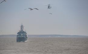 Арктическая группировка Северного флота прибыла в порт Дудинка