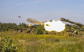Артиллеристы ЗВО уничтожили маневрирующую колонну противника на пикапах в ходе учений