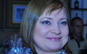 Актриса Светлана Пермякова рассказала, что в начале пандемии уехала в деревню и купила «избушку-развалюшку»