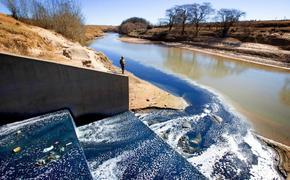Модные бренды одежды отравляют воды Африканских рек