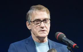 Актер Валерий Гаркалин госпитализирован с COVID-19