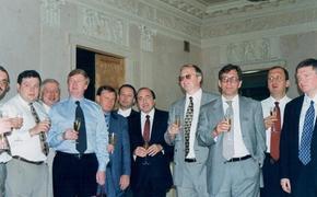 «Семибанкирщина»: как перед выборами президента РФ в 1996 году олигархи подружились с властью