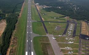 Военный аэродром в Ленинградской области реконструируют под гражданские самолёты