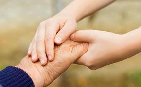 Пенсионеры не имеют прав на дополнительные выплаты при уходе за тяжелобольными родственниками