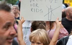 В Калифорнии объявили об обязательной вакцинации школьников, но родители придумали, как «откосить»