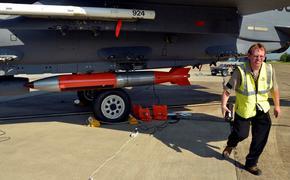 НАТО тренируется в применении тактического ядерного оружия против России