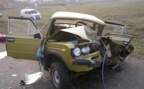 """""""БМВ"""" и """"шестерка"""" столкнулись в Дагестане, один человек погиб"""