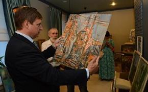 Выставка выпускников тверской «Венециановки» прошла в областном парламенте