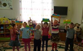 """Сотрудники компании  """"Стрим"""" устроили  День спорта в подмосковном детдоме"""
