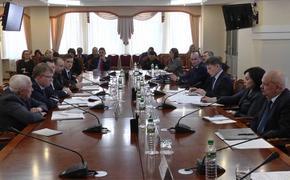 Губернатор и представители ОНФ обсудили, как улучшить жизнь на Сахалине