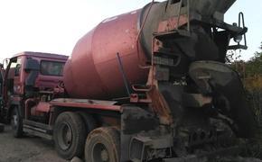 Движение 16 поездов под Владивостоком «умело» остановила одна бетономешелка