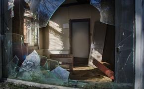 В центре Санкт-Петербурга в заброшенном Доме культуры нашли тело человека