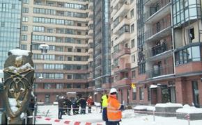 В жилом доме Петербурга на улице Репищева прогремел  взрыв: ранено 3 человек
