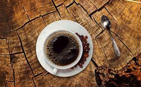 Ученые выявили, почему беременным женщинам опасно пить кофе