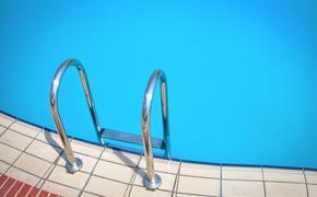 В Перми скончалась девочка, захлебнувшаяся во время тренировки по плаванию