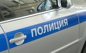 В Омске ищут женщину, бросившую новорожденную дочь за гаражами