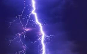 В Севастополе молния поразила исполнявшего трюки байкера
