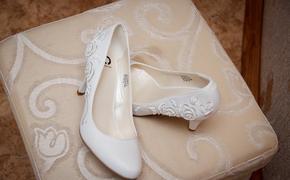 Эксперты назвали причину большого размера обуви Меган Маркл