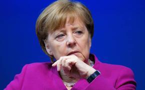 Футбол и беженцы добивают Меркель