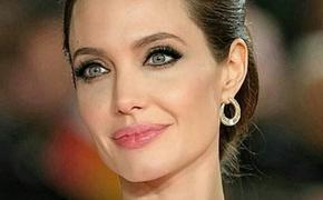 Старший наследник Анджелины Джоли готовится стать киномагнатом