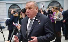 Экс-командующий ВДВ счел провокацией сообщения об отмене традиционных погон десантников