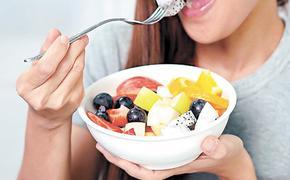 Врач Григорий Конев: если есть фрукты перед сном, вас могут ждать неприятности