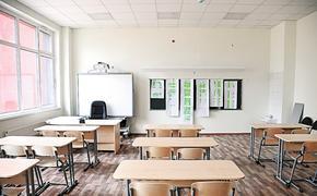 Минстрой заявил о росте жилого строительства и признал нехватку школ и детских садов